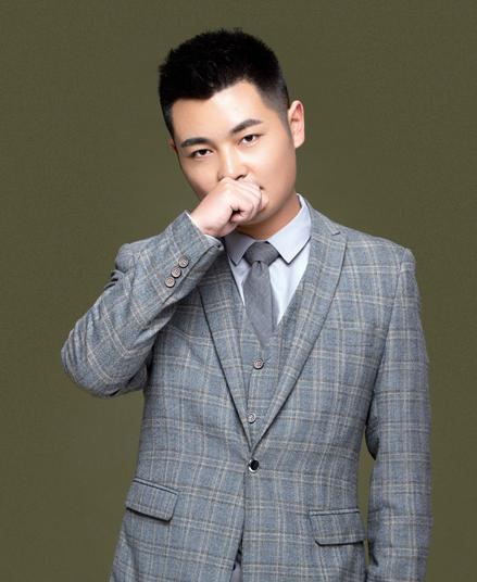 张国庆:首席设计师