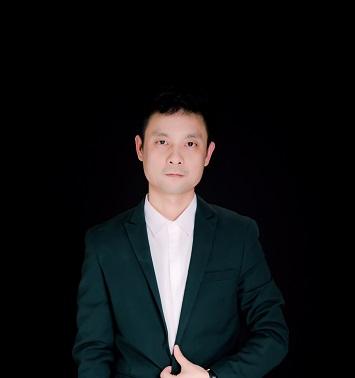赵成:高级设计师