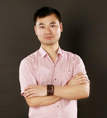 罗佳熠:首席设计师